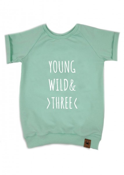 "Geburtstags-T-Shirt mint ""Young, wild and three"""